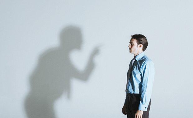 انتقاد پذیر بودن چیست؟